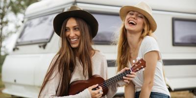 Which Is Better for Beginners, Ukulele or Guitar?, Honolulu, Hawaii