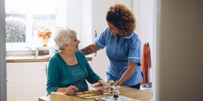 3 Important Things to Look For in a Family Caregiver, Farmington, Connecticut