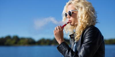 What's the Difference Between Vaping & Smoking Marijuana, Airway Heights, Washington