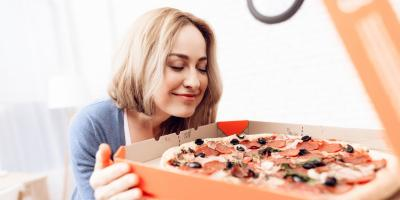 Why Busy Moms Should Order Pizza Delivery , Onalaska, Wisconsin