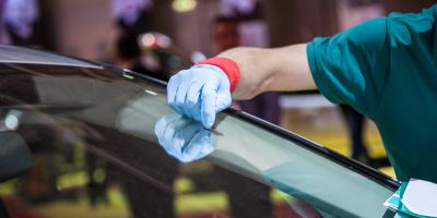 How Experts Perform Windshield Installation, O'Fallon, Missouri