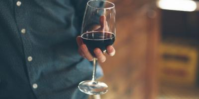 5 Compelling Reasons to Drink Red Wine, Manhattan, New York