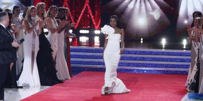 Miss America 2019 Nia Imani Franklin Worked With Wo's Custom Tailoring On Her Winning Attires, New York, New York