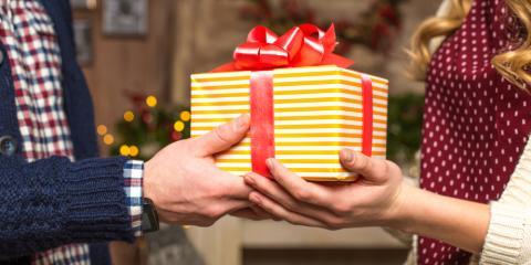 Honolulu Art Gallery Shares 3 Holiday Gift Ideas, Honolulu, Hawaii