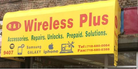 ​R & I Wireless Plus in Brooklyn Carries the Smart Phones, Flip Phones, and Phone Accessories You Want, Brooklyn, New York