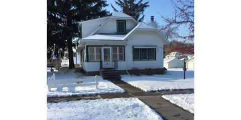 Price Reduction!  1404 Norwood, Red Wing MN offered by  Brady Lawrence of LAWRENCE REALTY, INC., Red Wing, Minnesota