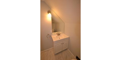 White Bungalow Bathroom, Alliance, Ohio