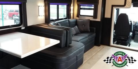 2017 Haulmark Status Motorhome with Bunk Beds -- Ready to Roll!, Cuba, Missouri