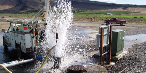 Water Well Drilling Professionals Explain Hydrofracturing, Colville, Washington