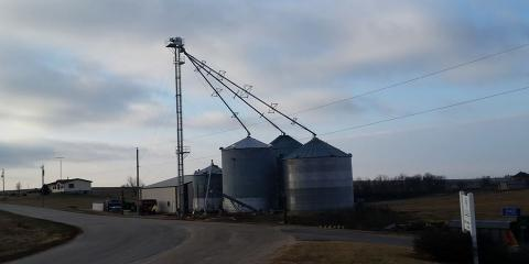 3 Essential Safety Tips to Remember When Working With Farm Equipment, Platteville, Wisconsin
