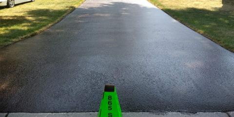 4 FAQs About Asphalt Driveway Sealcoating, Rochester, New York