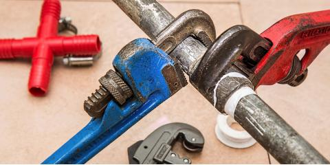 3 Emergencies That Require a Professional Plumbing Service, East Hanover, New Jersey