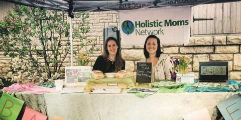 Chiropractor and Holistic Moms Network emphasizes healthy, hands on parenting, Onalaska, Wisconsin