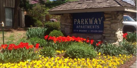 Enhance Your Building's Main Entrance With These Commercial Landscaping Tips, Columbia, Missouri