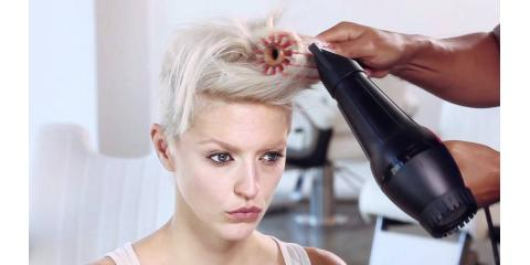 Albert Amin Salon: Christmas is a Great Time to Show Off a New Look, Manhattan, New York