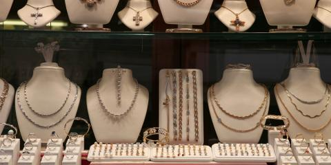 5 Worthwhile Reasons to Buy Jewelry at Antique Stores, Greece, New York
