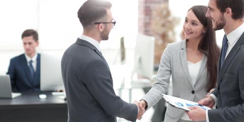 4 FAQ Entrepreneurs Ask About Business Cards, Anchorage, Alaska