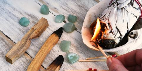 4 Benefits of Burning Sage, ,