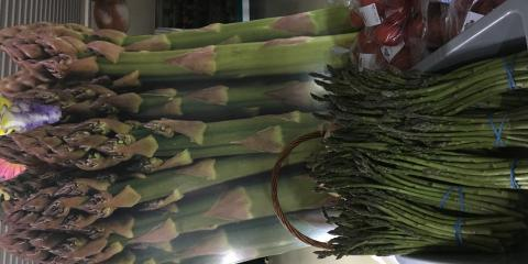 Weekly Specials At Cranberry Country Market, Byron, Wisconsin
