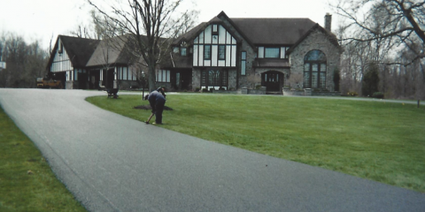 3 Reasons to Pave a Long Asphalt Driveway, Rochester, New York