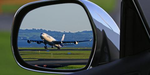 Luxury Car Service Explains Why Taking a Limo to the Airport Is the Right Choice, Queens, New York