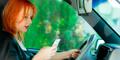 Auto Accident Attorney Describes 3 Risks of Texting & Driving, Bronx, New York