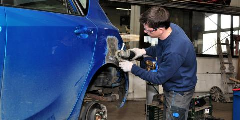 Key Considerations When Selecting an Auto Body Shop for Collision Repair, Schaumburg, Illinois