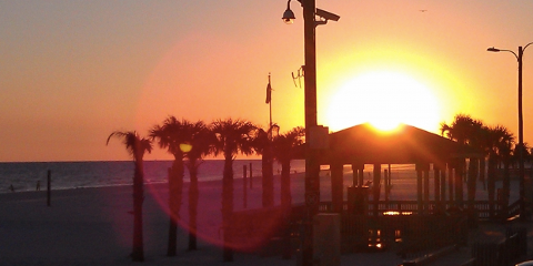 Close Out Summer the Right Way With Pink Pony Pub, Gulf Shores, Alabama
