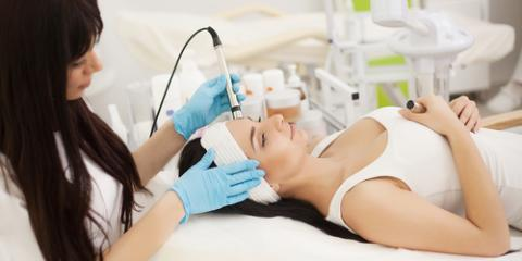 How Are Cosmetologists & Estheticians Different?, Sharon Hill, Pennsylvania