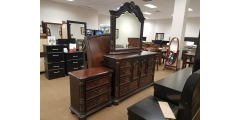 4 PIECE VINTAGE BEDROOM SET - $350, St. Louis, Missouri