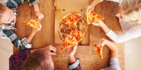 3 Reasons to Choose Pizza Delivery for Tonight's Family Meal, West Haven, Connecticut