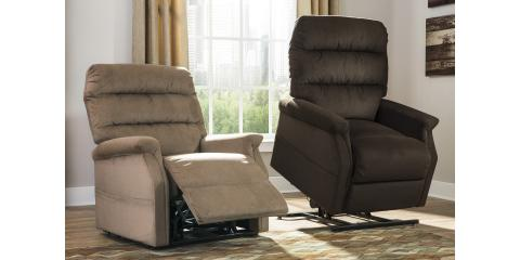 POWER LIFT RECLINER – BRENYTH-$586, Maryland Heights, Missouri