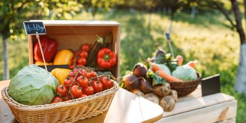 The Difference Between Organic & Inorganic Produce, Genoa, Michigan