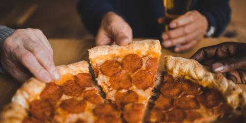 What Makes New York-Style Pizza So Good?, Bronx, New York