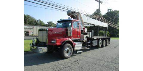 Low hour National 14127 33 ton crane on 2012 Western Star, Mount Olive, New Jersey
