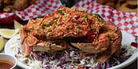 How to Crack Open a Crab, Ewa, Hawaii