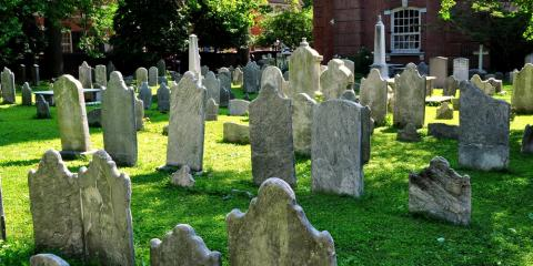 How the American Gravestone Design Was Developed, Canandaigua, New York