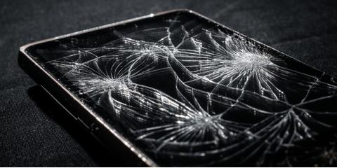 Why Schedule Cellphone Repair for Your Cracked Screen, Russellville, Arkansas