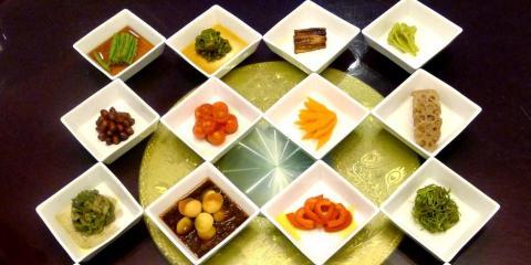 3 Delicious Vegetarian Options From New York's Best Dim Sum Restaurant, Manhattan, New York