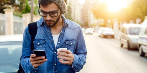 Smartphone Usage & Your Vision: An Eye Doctor Weighs In, Symmes, Ohio