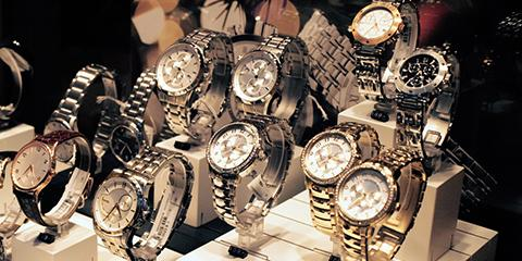 5 Questions to Ask Before Buying a Watch at a Pawn Shop , Cheviot, Ohio
