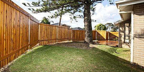 5 Benefits of a Privacy Fence, Green, Ohio