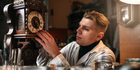 3 Types of Vintage Wall Clocks, Mason, Ohio