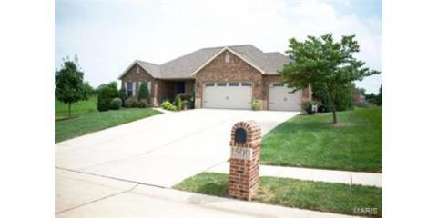 Wonderful new Listing in Columbia Illinois. 1500 Clover Ridge, 62236, Waterloo, Illinois