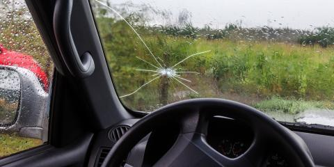 4 Common Causes of a Cracked Windshield, O'Fallon, Missouri