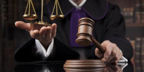 What Is the Difference Between a Federal Court & a State Court?, Kent, Washington
