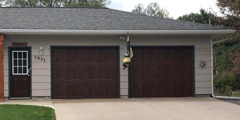 3 Signs a Garage Door Needs Repairs, Wisconsin Rapids, Wisconsin