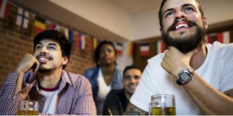 Everything You Need to Know About Sports Bar Etiquette, North Haven, Connecticut