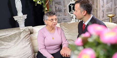 5 Benefits of Choosing a Local Funeral Home, Greece, New York