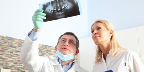 When to Choose Between Monolithic & Layered Restorations, ,